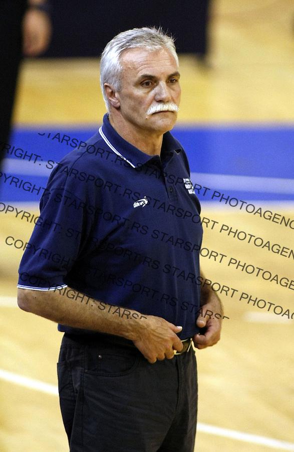 Odbojka, 1/2 finale prvenstva Srbije.Partizan Vs. Radnicki.head coach Slobodan Galesev.Beograd, 04.13.2008..foto: Srdjan Stevanovic