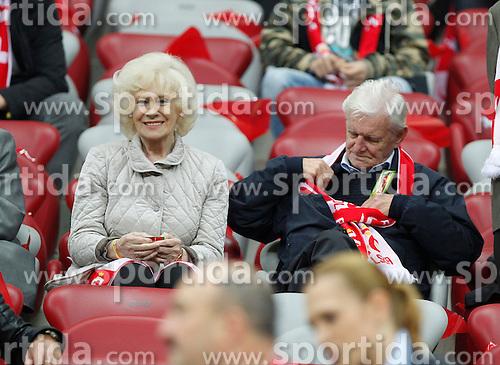 14.10.2014, Nationalstadium, Warsaw, POL, UEFA Euro Qualifikation, Polen vs Schottland, Gruppe D, im Bild KRZYSTYNA LOSKA HENRYK LOSKA // during the UEFA EURO 2016 Qualifier group D match between Poland and Scotland at the Nationalstadium in Warsaw, Poland on 2014/10/14. EXPA Pictures &copy; 2014, PhotoCredit: EXPA/ Newspix/ Michal Chwieduk<br /> <br /> *****ATTENTION - for AUT, SLO, CRO, SRB, BIH, MAZ, TUR, SUI, SWE only*****