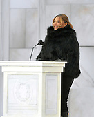 "Washington, DC - January 18, 2009 -- Queen Latifah reads a historical passage at the ""Today: We are One - The Obama Inaugural Celebration at the Lincoln Memorial"" in Washington, D.C. on Sunday, January 18, 2009..Credit: Ron Sachs / CNP.(RESTRICTION: NO New York or New Jersey Newspapers or newspapers within a 75 mile radius of New York City)"