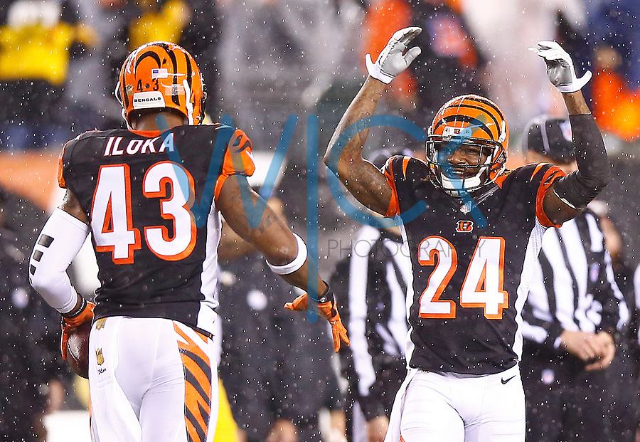 Adam Jones #24 of the Cincinnati Bengals in action against the Pittsburgh Steelers during the Wild Card playoff game at Paul Brown Stadium on January 9, 2016 in Cincinnati, Ohio. (Photo by Jared Wickerham/DKPittsburghSports)