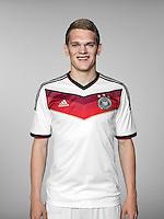 FUSSBALL   PORTRAIT TERMIN DEUTSCHE NATIONALMANNSCHAFT 24.05.2014 Matthias Ginter (Deutschland)