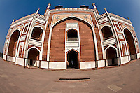 Entrance to Humayun's Tomb, built of red sandstone.<br /> (Photo by Matt Considine - Images of Asia Collection)