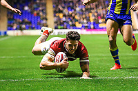 Picture by Alex Whitehead/SWpix.com - 09/03/2017 - Rugby League - Betfred Super League - Warrington Wolves v Wigan Warriors - Halliwell Jones Stadium, Warrington, England - Wigan's Anthony Gelling scores a try.