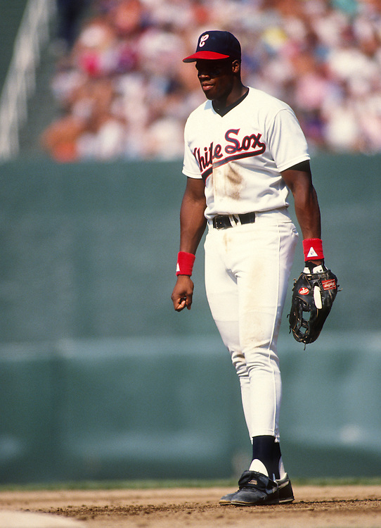 CHICAGO - 1990:  Frank Thomas of the Chicago White Sox plays first base during an MLB game at Comiskey Park in Chicago, Illinois.  Thomas played for the White Sox from 1990-2005.  (Photo by Ron Vesely)