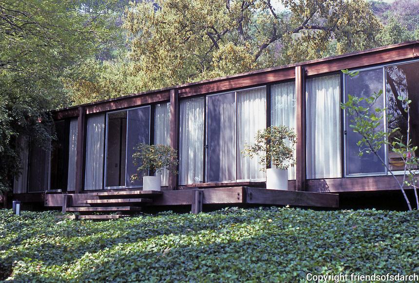 Craig Elwood: Kubly House, 215 La Vereda Rd., Pasadena. 1964.  Photo '89.