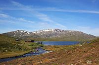 Ramsjøen, Fongen, Tydal. Foto: Bente Haarstad Fongen. Ramsjøhytta.