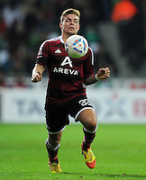 FUSSBALL   1. BUNDESLIGA   SAISON 2011/2012   23. SPIELTAG SV Werder Bremen - 1. FC Nuernberg                   25.02.2012 Alexander Esswein (1 FC Nuernberg) Einzelaktion am Ball