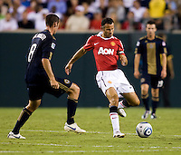 Ryan Giggs, Andrew Jacobson. Manchester United defeated Philadelphia Union, 1-0.