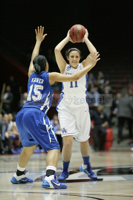 Freshman guard Sarah Beth Barnette passes the ball in the first half of UK Hoops' game against Hampton in The Pit in Albuquerque, New Mexico, 3/19/11. Photo by Brandon Goodwin | Staff.