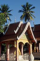 Asie/Laos/ENV Ventiane/Luang Prabang: Vat Xieng Thong monastere construit en 1718