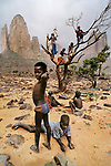 00012_17, Sahel Desert, Mali, 1986, final print_milan<br />