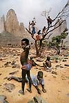 00012_17, Sahel Desert, Mali, 1986, final print_milan<br /> <br /> MALI-10010NF<br /> <br /> final print_MACRO