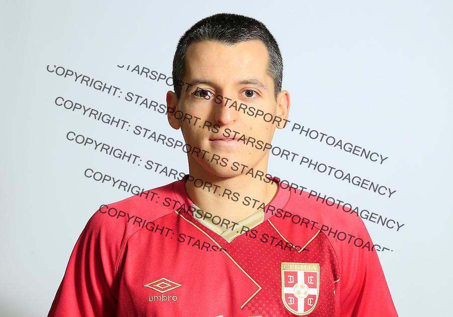Futsal<br /> Portreti igraca Futsal nacionalne selekcije Srbije <br /> Milos Simic<br /> Stara Pazova, 26.11.2015.<br /> foto: Srdjan Stevanovic/Starsportphoto &copy;