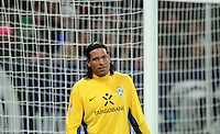 FUSSBALL   1. BUNDESLIGA  SAISON 2011/2012   10. Spieltag FC Augsburg - SV Werder Bremen           21.10.2011 Torwart Tim Wiese (SV Werder Bremen)