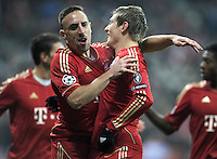 FUSSBALL   CHAMPIONS LEAGUE   SAISON 2011/2012     22.11.2011 FC Bayern Muenchen - FC Villarreal Jubel nach dem Tor zum 1:0 Franck Ribery , Toni Kroos (v. li., FC Bayern Muenchen)