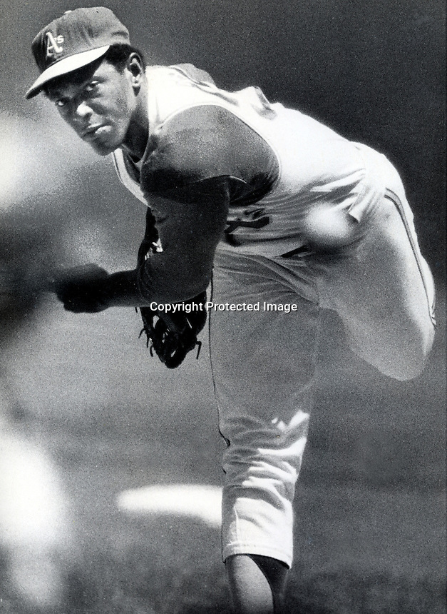 A's pitcher Vida Blue .(copyright 1971 Ron Riesterer)