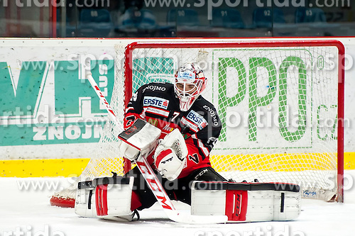 10.01.2016, Ice Rink, Znojmo, CZE, EBEL, HC Orli Znojmo vs Fehervar AV 19, 43. Runde, im Bild Patrik Nechvatal (HC Orli Znojmo) // during the Erste Bank Icehockey League 43th round match between HC Orli Znojmo and Fehervar AV 19 at the Ice Rink in Znojmo, Czech Republic on 2016/01/10. EXPA Pictures © 2016, PhotoCredit: EXPA/ Rostislav Pfeffer