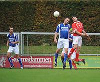 VOETBAL: KOUDUM: 24-10-2015, Oeverzwaluwen-Mulier, uitslag 0-0, Erwin Boersma (#32), Gert Jan Meekma (#9), ©foto Martin de Jon