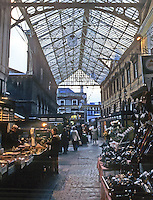 Bristol: Arcade, High Street. Photo '90.
