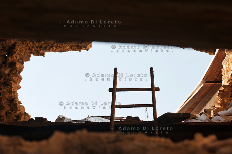 L'AQUILA: NELLA FOTO LA CITTA' DI PAGANICA DOPO IL TERREMOTO. THE PAGANICA CITY AFTER THE EARTHQAKE  FOTO ADAMO DI LORETO