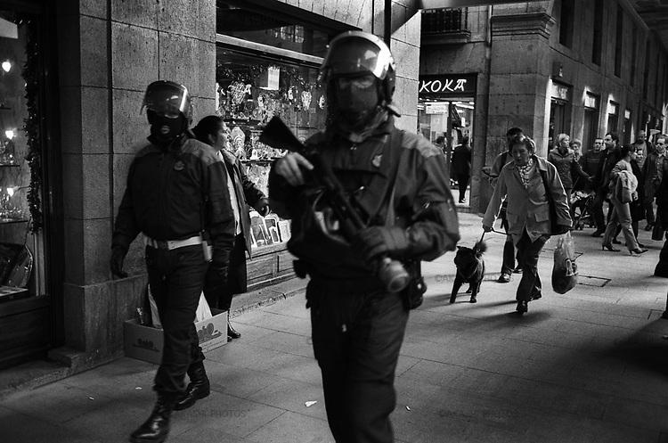 Bilbao, Spain.2002.©Toru Morimoto