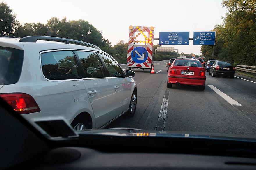 Duitsland, Keulen, 13 sept 2014<br /> Duitse autobahn met wegversperringen wegens wegwerkzaamheden. <br /> Foto: (c) Michiel Wijnbergh