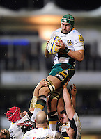 Michael Paterson of Northampton Saints wins the ball at a lineout. Aviva Premiership match, between Bath Rugby and Northampton Saints on February 10, 2017 at the Recreation Ground in Bath, England. Photo by: Patrick Khachfe / Onside Images