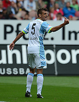 Fussball 2. Bundesliga:  Saison   2012/2013,    3. Spieltag  1. FC Kaiserslautern - TSV 1860 Muenchen   26.08.2012 Guillermo Vallori (1860 Muenchen)