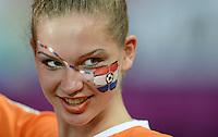 FUSSBALL  EUROPAMEISTERSCHAFT 2012   VORRUNDE Niederlande - Deutschland       13.06.2012 Weiblicher Fan der hollaendischen Nationalmannschaft
