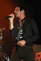"Scott Weiland, former frontman of 90's rock band ""Stone Temple Pilots"" plays at the Commodore Ballroom in Vancouver during a stop on his solo tour, May 18th, 2009. (Scott Alexander/pressphotointl.com)"