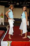 Miss Nederland 2003 reis Turkije, Marlinde Verhoeff en Leonie Klip