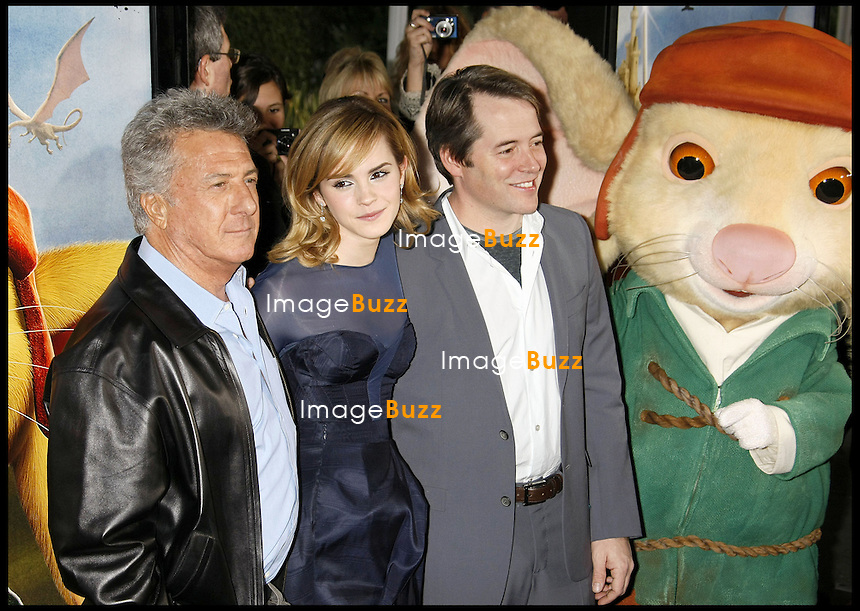 """DUSTIN HOFFMAN, EMMA WATSON ET MATTHEW BRODERICK - PREMIERE DU FILM """"THE TALE OF THE DESPEREAUX"""" A LOS ANGELES...""""THE TALE OF THE DESPEREAUX"""" MOVIE PREMIERE, AT THE ARCLIGHT HOLLYWOOD..LOS ANGELES."""