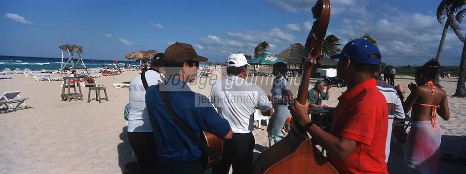 Cuba/Env La Havane/Santa Maria del Mar: Musiciens sur la plage