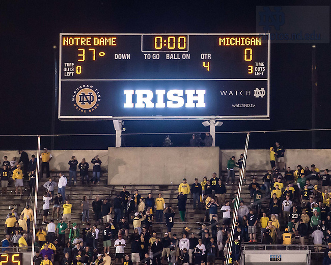 score of notre dame football game football cbs