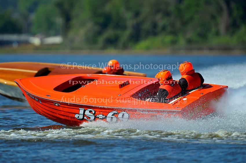 """Kathy Shuler, JS-69 """"Whizzbang"""" (Jersey Speed Skiff)"""