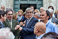Roma 7  Maggio 2013.Il Funerale di Giulio Andreotti , la bara portata a spalla dalla sua abitazione fino alla chiesa di San Giovanni dei Fiorentini. Marco Ravaglioli (C)