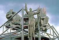 Vancouver: EXPO '86--USSR Pavilion. Perfectly weird Cosmonaut-Priest. Photo '86.