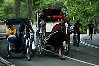 People ride the streets of central park in New York.  06/05/2015. Eduardo MunozAlvarez/VIEWpress