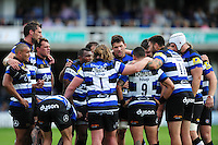 The Bath Rugby team huddle together at the end of the first half. Aviva Premiership match, between Bath Rugby and Newcastle Falcons on September 10, 2016 at the Recreation Ground in Bath, England. Photo by: Patrick Khachfe / Onside Images