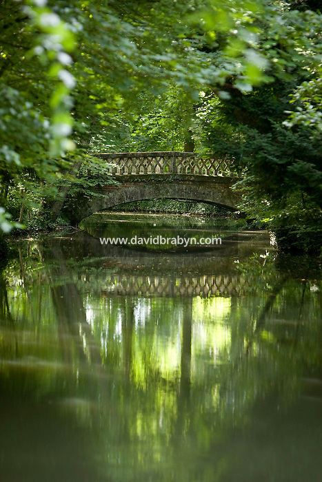 View of a bridge in the gardens of the Clos Luce mansion, Leonardo da Vinci's last home, in Amboise, France, 26 June 2008.