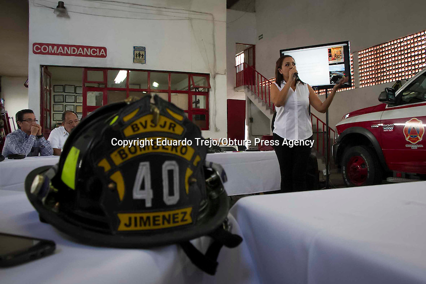 San Juan del Rio, Qro. 20 septiembre 2016.- La Presidenta del Patronato de Bomberos Voluntarios, Tania Ruiz Castro, presento su plan de trabajo al frente del patronato.<br /> <br /> Se dieron a conocer las estadisticas de los servicios realizados, asi como las carencias propias de la estacion.