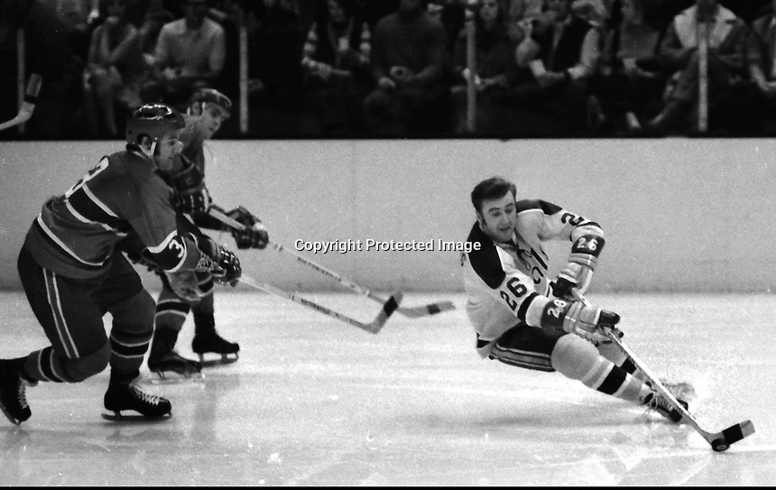 California Golden Seals vs Montreal, #26 Tom Williams.<br />
