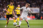 Luka Modric of Real Madrid battles for the ball with Julian Weigl of Borussia Dortmund during the 2016-17 UEFA Champions League match between Real Madrid and Borussia Dortmund at the Santiago Bernabeu Stadium on 07 December 2016 in Madrid, Spain. Photo by Diego Gonzalez Souto / Power Sport Images