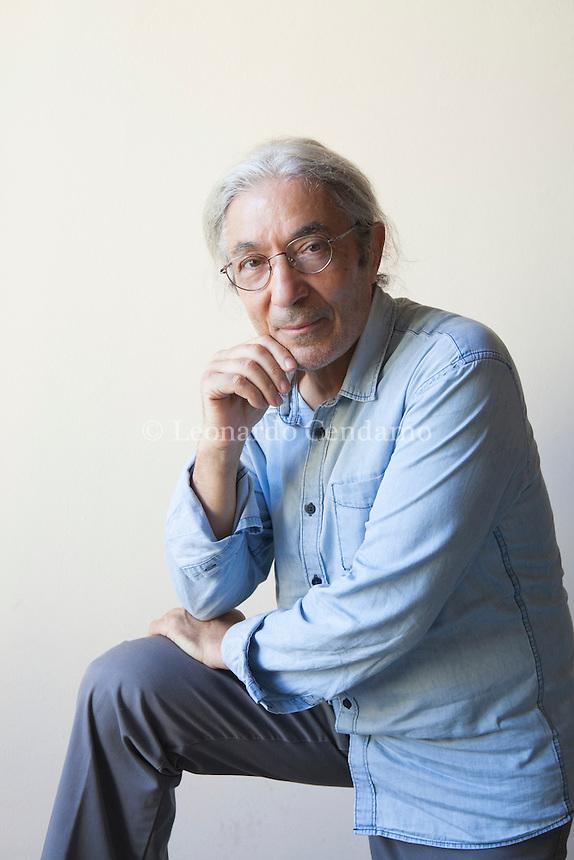 Boualem Sansal è uno scrittore algerino, attivo nella condanna del Fondamentalismo islamico dal 1992, anno della morte del politico Mohamed Boudiaf, seguita da quella di un suo amico e al crescere delle persecuzioni. Mantova Festivaletteratura 2016. © Leonardo Cendamo