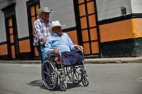 Resident enjoy a day in the town of Jardin in Antioquia August 1, 2012. Photo by Eduardo Munoz Alvarez / VIEW.
