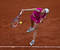 Justine Henin (BEL) (22) against Samantha Stosur (AUS) (17) in the third round of the women's singles. Samantha Stosur beat Justine Henin 2-6 6-1 6-4..Tennis - French Open - Day 9 - Mon 31 May 2010 - Roland Garros - Paris - France..© FREY - AMN Images, 1st Floor, Barry House, 20-22 Worple Road, London. SW19 4DH - Tel: +44 (0) 208 947 0117 - contact@advantagemedianet.com - www.photoshelter.com/c/amnimages