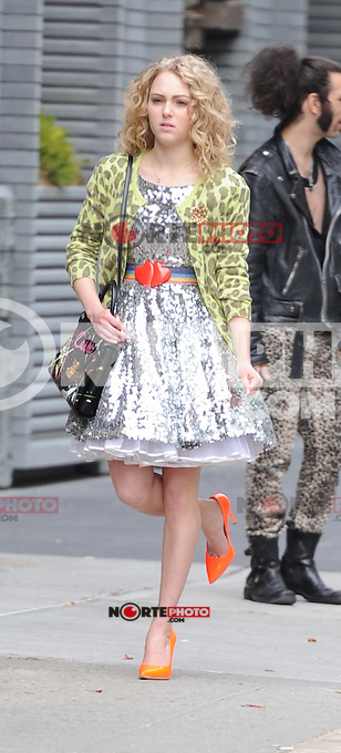 April ,01 2012:On The Set Of The Carrie Diaries ,AnnaSophia Robb,New York City ,New York. mpi15 / mediapunchinc