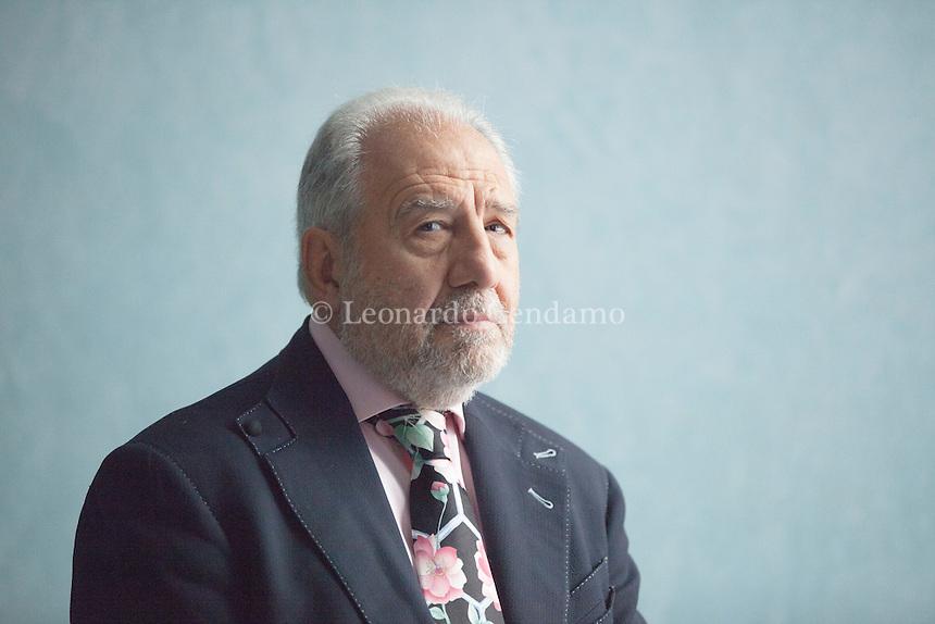 """La parola al giornalista e scrittore Antonio Caprarica, che vanta una lunga esperienza come corrispondente da Londra. """"Indipendentemente ... Pordenonelegge settembre 2016. © Leonardo Cendamo"""