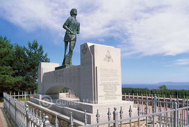 """Terry Fox Statue at """"Terry Fox Scenic Lookout"""", along """"Terry Fox Courage Highway"""" (Trans Canada Highway / Hwy 17), near Thunder Bay, ON, Ontario, Canada (Sculptor: Manfred Pirwitz, 1982) - overlooking Lake Superior"""
