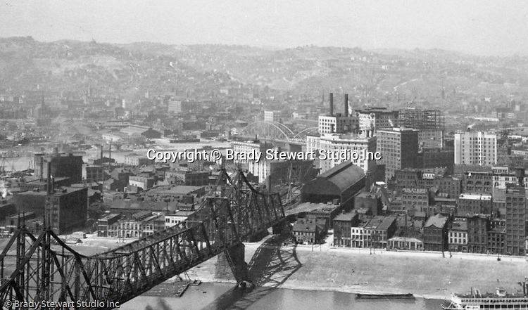 Pittsburgh PA - View of the Point Buildings, Wabash Railroad Bridge, Wabash Railroad Terminal and adjacent Wabash RR Office Building from Mount Washington - 1905.